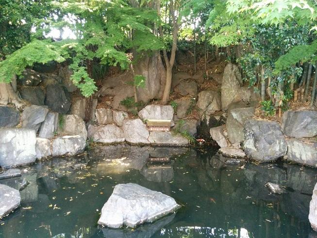 龍津寺湧水