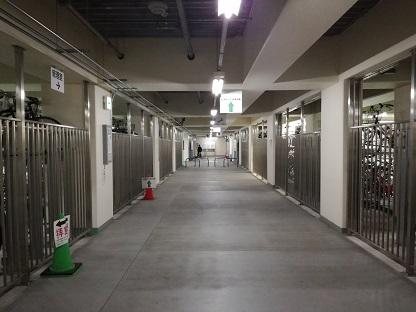 拝島駅南口地下駐輪場